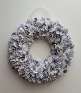 WREATH GREY 2
